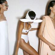 Ear, Shoulder, Joint, Dress, Beauty, Fashion, Neck, Waist, Costume accessory, Fashion design,