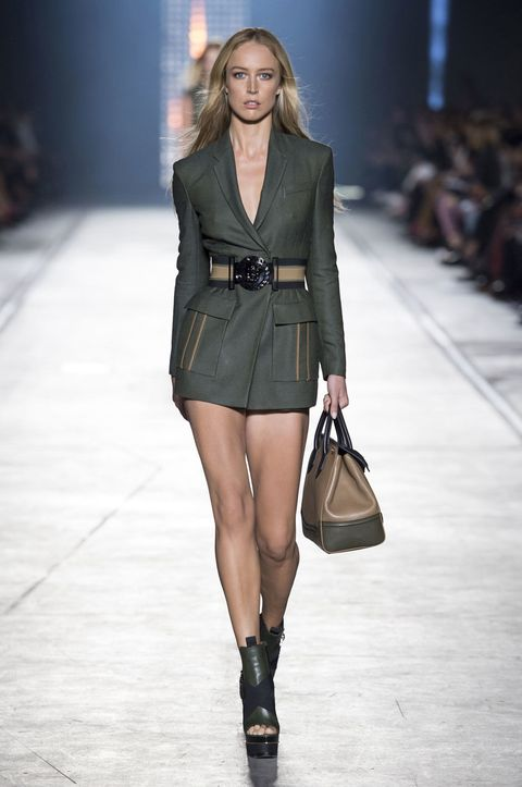 Clothing, Brown, Fashion show, Shoulder, Joint, Outerwear, Fashion model, Style, Runway, Street fashion,