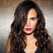 Nose, Lip, Hairstyle, Chin, Eyebrow, Eyelash, Black hair, Style, Step cutting, Long hair,