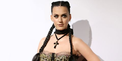 Katy Perry Beats Out Bieber, Taylor Swift on Twitter