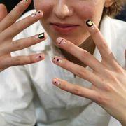 Finger, Skin, Hand, Nail, Cigarette, Thumb, Tobacco products, Eyelash, Wrist, Smoking,