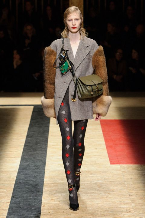 <p>A tailored jacket with dropped shoulders and sleeves covered in fur? I'll take that to go. </p>