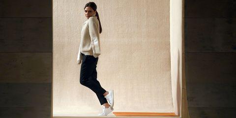 Outerwear, Style, Street fashion, Khaki, Knee, Beige, Sweater, Active pants, Fashion design, Outdoor shoe,