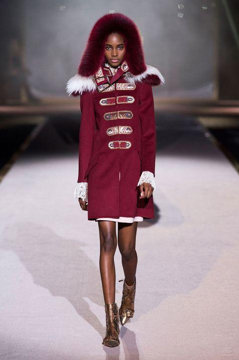 Clothing, Sleeve, Shoulder, Human leg, Winter, Textile, Joint, Fashion model, Fashion show, Dress,