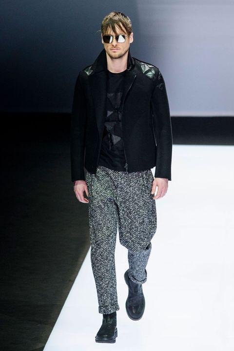 Sleeve, Textile, Outerwear, Sunglasses, Style, Collar, Jacket, Fashion model, Fashion, Black,