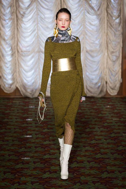 Textile, Style, Curtain, Fashion model, Fashion show, Fashion design, Costume design, Window treatment, Makeover, Tights,