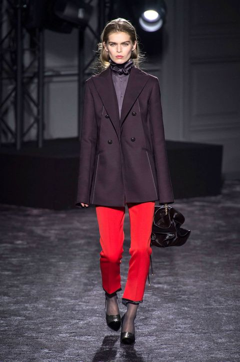 Clothing, Sleeve, Collar, Outerwear, Fashion show, Style, Coat, Jewellery, Fashion model, Runway,