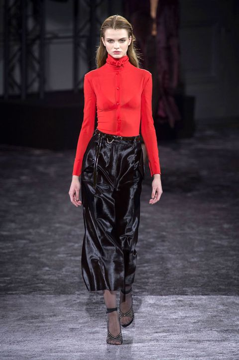 Clothing, Nose, Sleeve, Human body, Joint, Outerwear, Fashion show, Style, Fashion model, Waist,