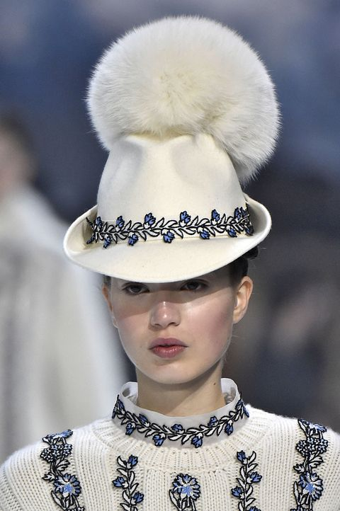 Hat, Style, Fashion accessory, Headgear, Costume accessory, Fashion, Street fashion, Fashion model, Costume design, Costume hat,
