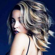 Lip, Hairstyle, Shoulder, Eyelash, Beauty, Step cutting, Fashion model, Long hair, Model, Blond,