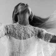 Shoulder, Photograph, Joint, White, Happy, Rejoicing, Style, Elbow, Monochrome, Gesture,