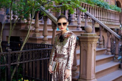 Eyewear, Glasses, Sunglasses, Goggles, Street fashion, Jewellery, Stairs, Spring, Necklace, Handrail,