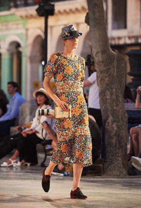 Clothing, Dress, Style, Street fashion, Fashion, Bag, Luggage and bags, Waist, One-piece garment, Fashion model,
