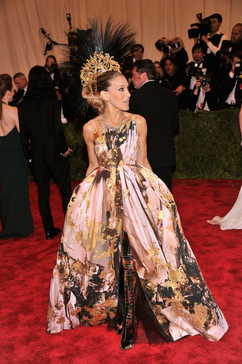 "NEW YORK, NY - MAY 06:  Sarah Jessica Parker attends the Costume Institute Gala for the ""PUNK: Chaos to Couture"" exhibition at the Metropolitan Museum of Art on May 6, 2013 in New York City.  (Photo by Stephen Lovekin/FilmMagic)"