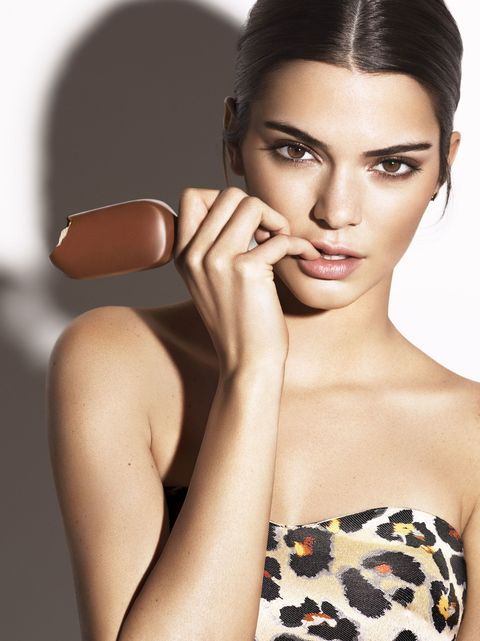 kendall jenner hot magnum ice cream photo shoot kendall jenner poses with popsicles. Black Bedroom Furniture Sets. Home Design Ideas
