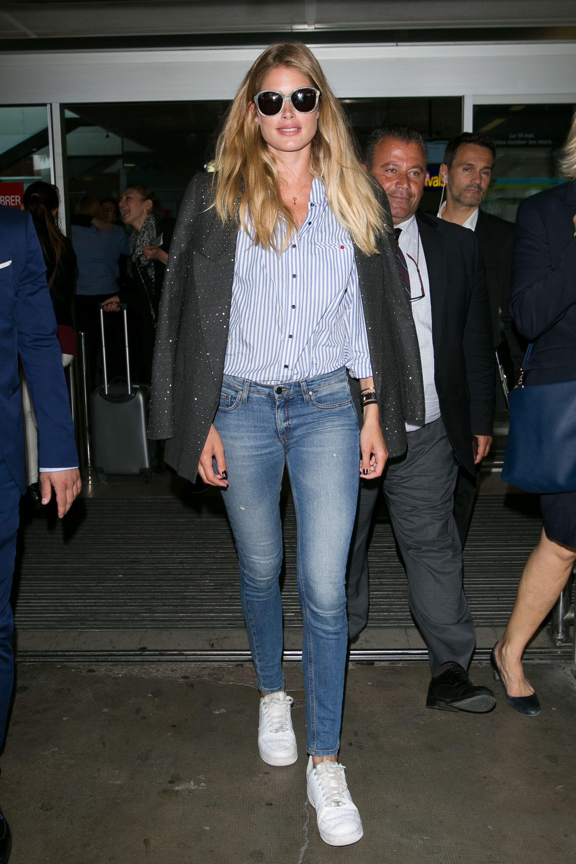 da40d5ac680d Celebrities Airport Style - Celebs Airport Fashion Photos