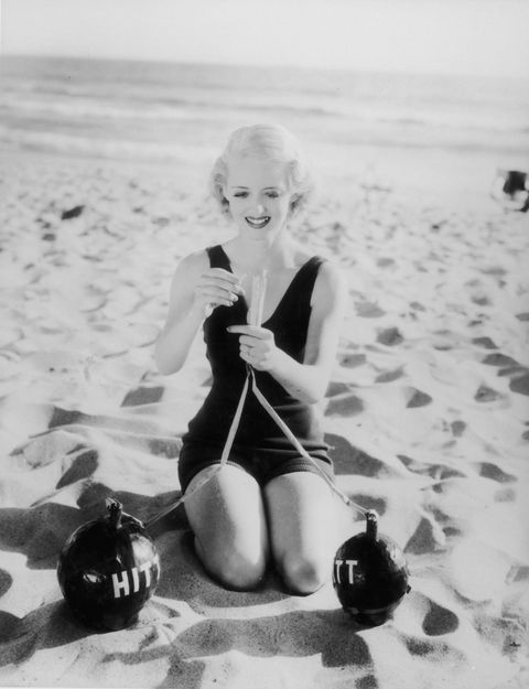 Sitting, Knee, Sand, Monochrome, Monochrome photography, Black-and-white, Blond, Beach, Vintage clothing, Photo shoot,