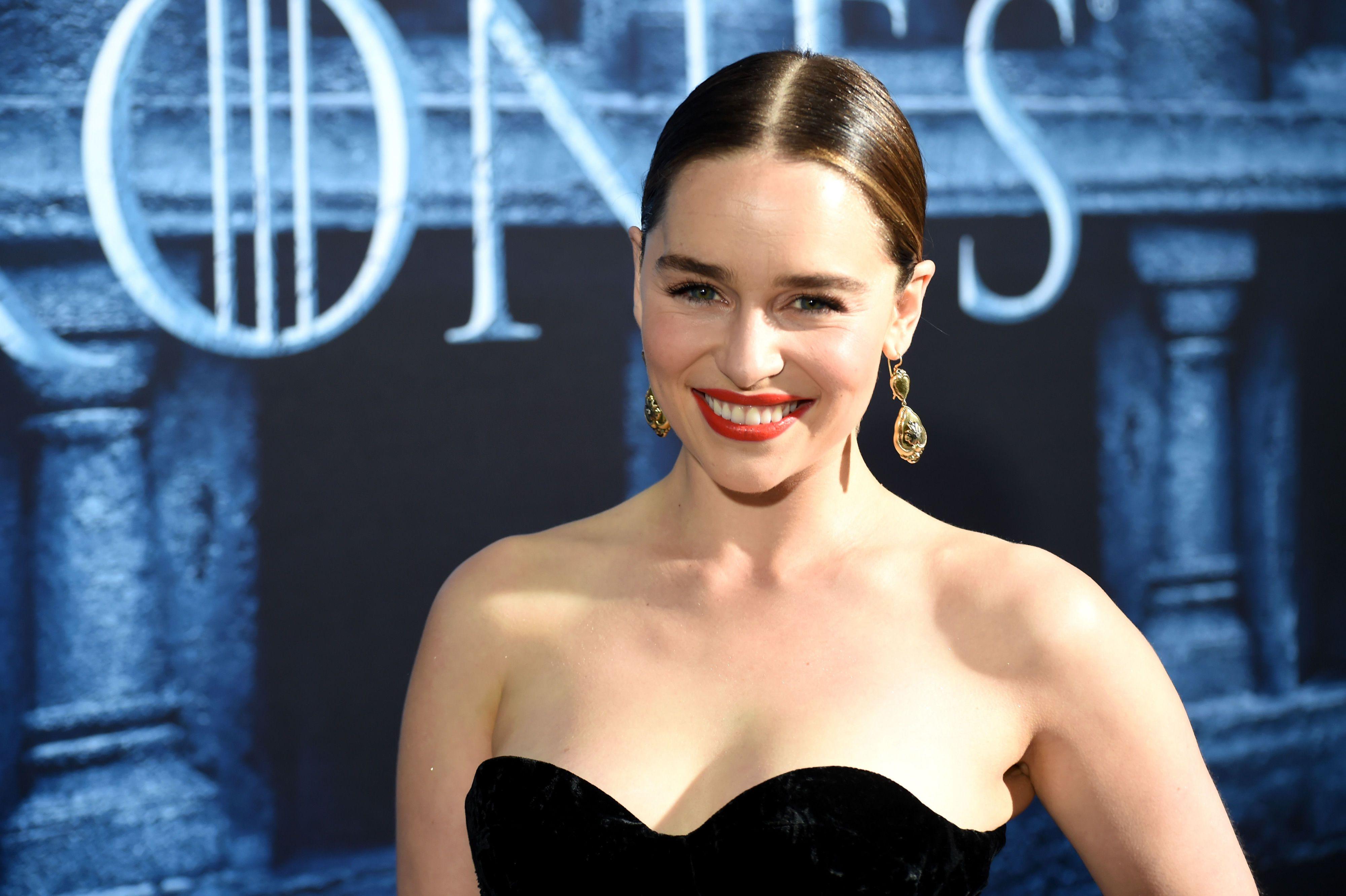 Emilia clarke seks videa