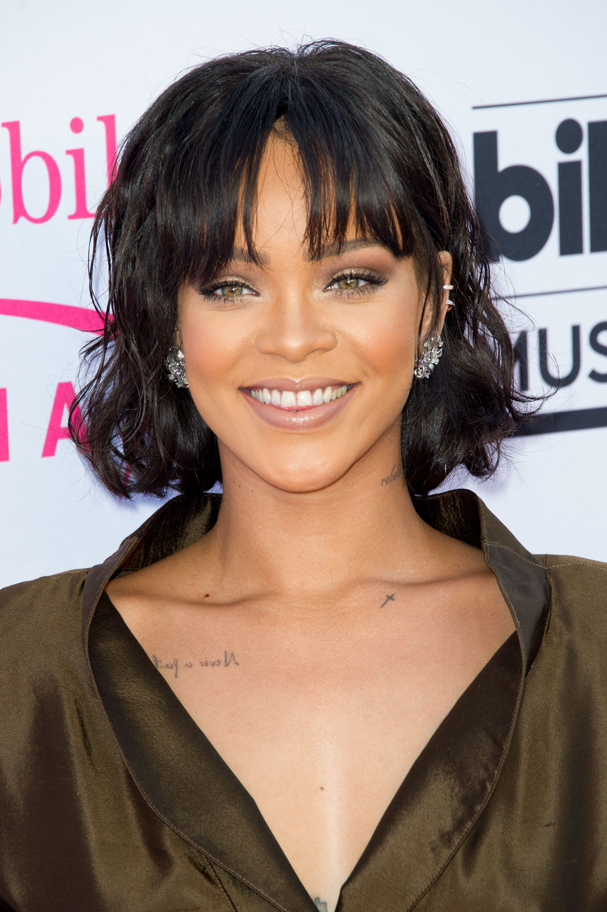 112 Hairstyles With Bangs Youll Want To Copy Celebrity Haircuts