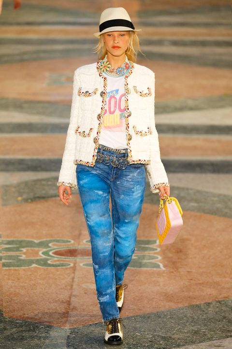 HAVANA, CUBA - MAY 03:  A model walks the runway during Chanel Cruise Collection 2016/2017 on May 3, 2016 in Havana, Cuba.  (Photo by Thomas Concordia/Getty Images)