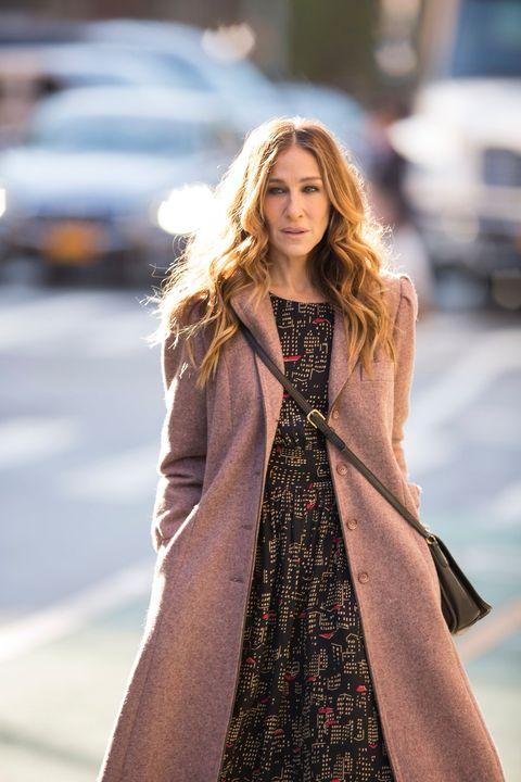 Clothing, Sleeve, Dress, Style, Street fashion, Fashion, Fashion model, One-piece garment, Day dress, Long hair,
