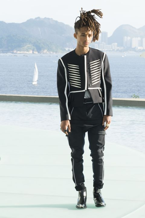 11 Times You Should Steal Birthday Boy Jaden Smith s Style 6d543d45654c