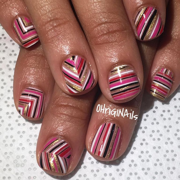 Best nail art for short nails 15 short nail art designs pif you have a steady hand this thin line work is for prinsesfo Images