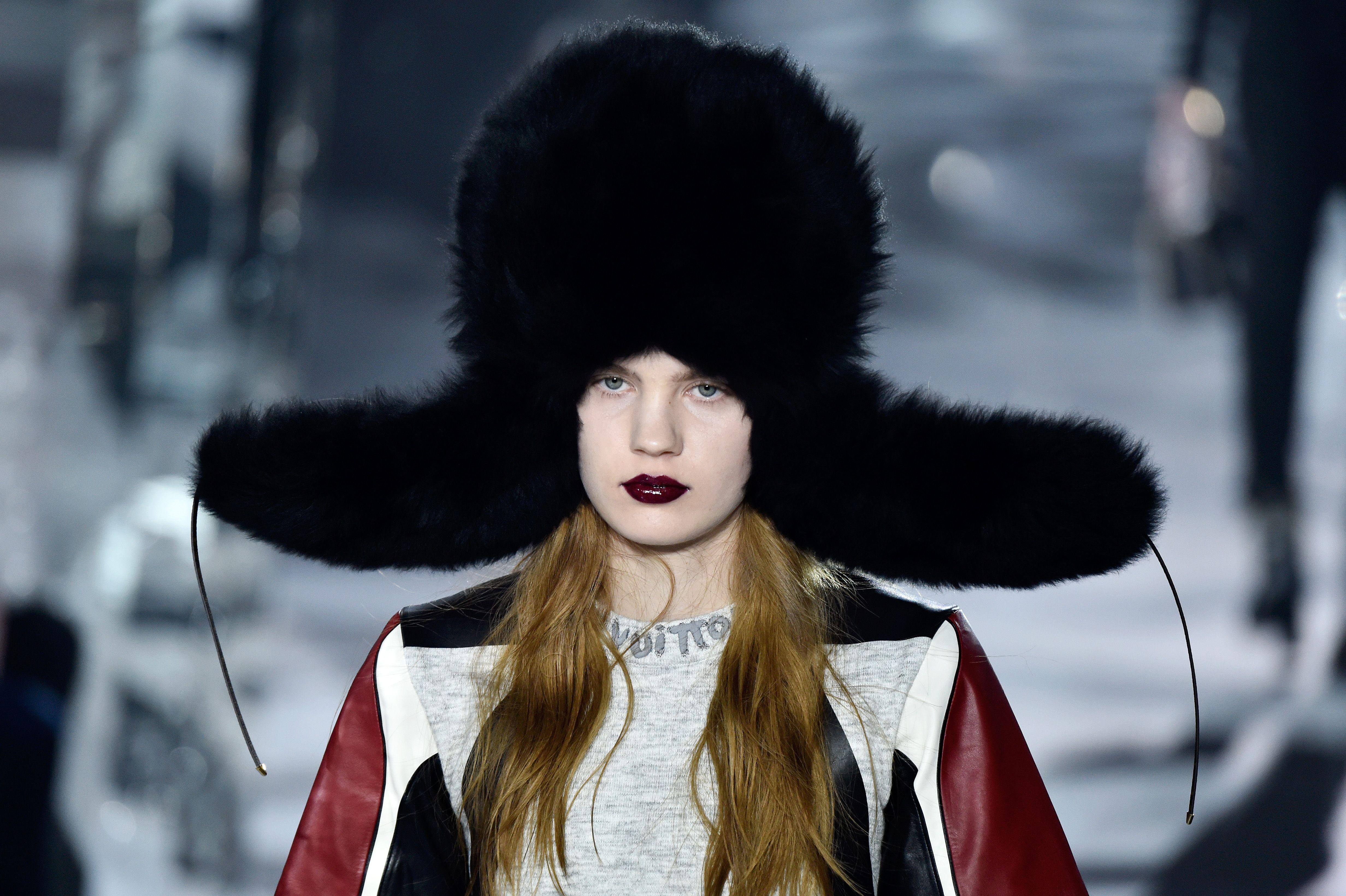 019fcddb67 10 Best Winter Fashion Trends - 10 Most Wearable Winter Fashion Looks