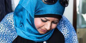 woman in zaatari refugee camp