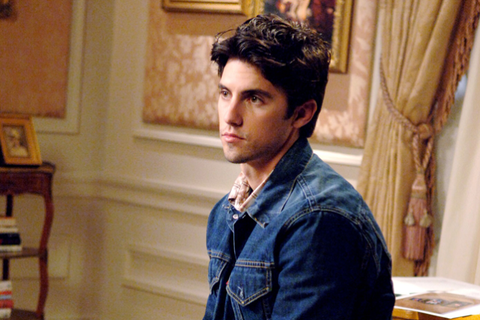 2a5a2bdd3847 Milo Ventimiglia Discusses Playing Jess on  Gilmore Girls  Revival ...
