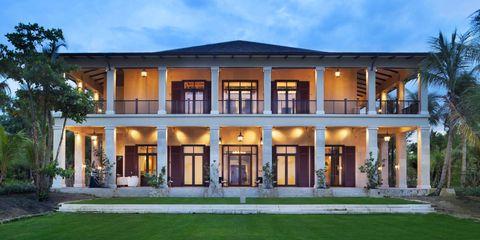 Plant, Property, Facade, Real estate, Home, House, Building, Door, Porch, Residential area,