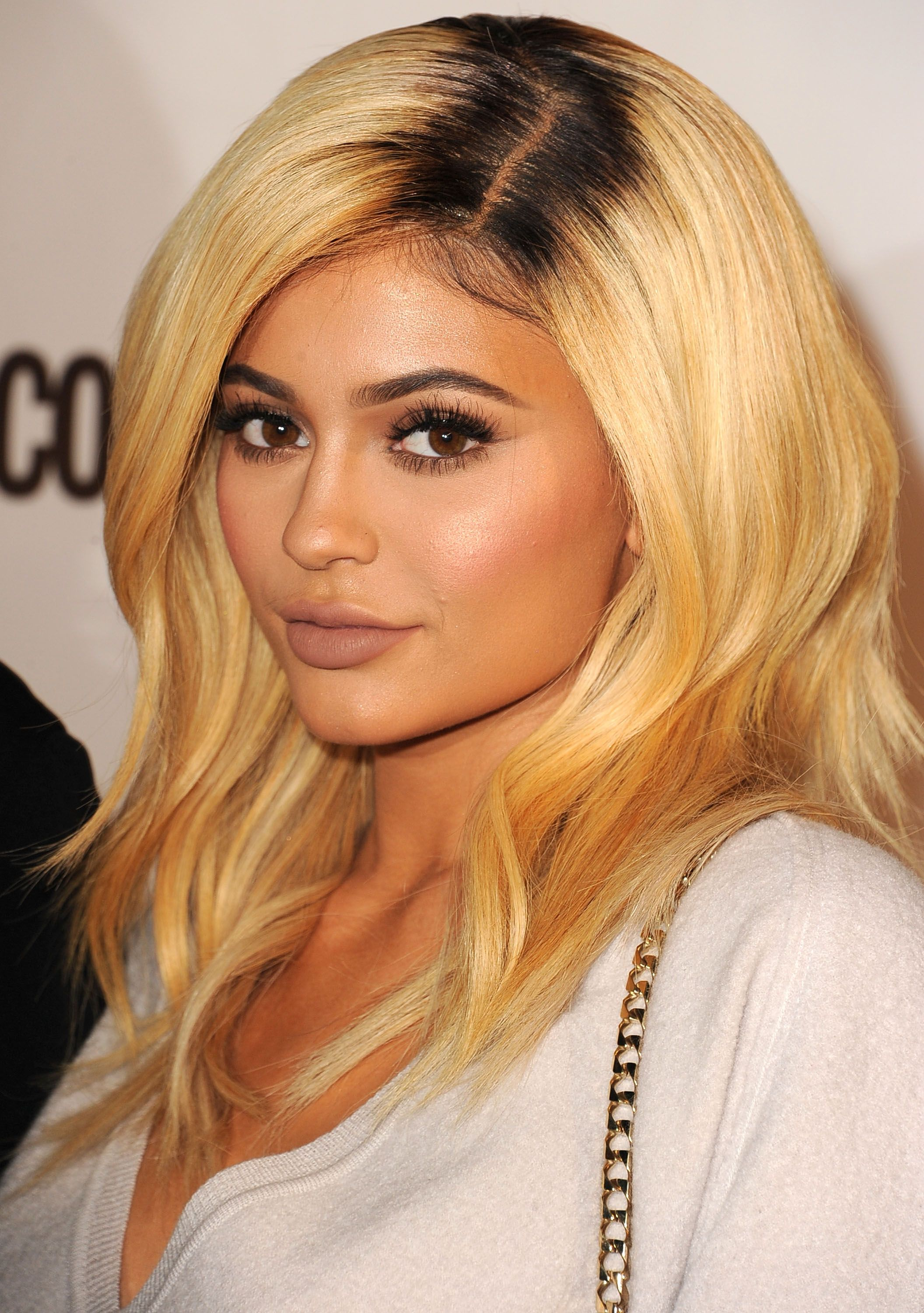 Extrêmement 50 Best Kylie Jenner Hair Looks - The Best Hairstyles of Kylie Jenner KX73