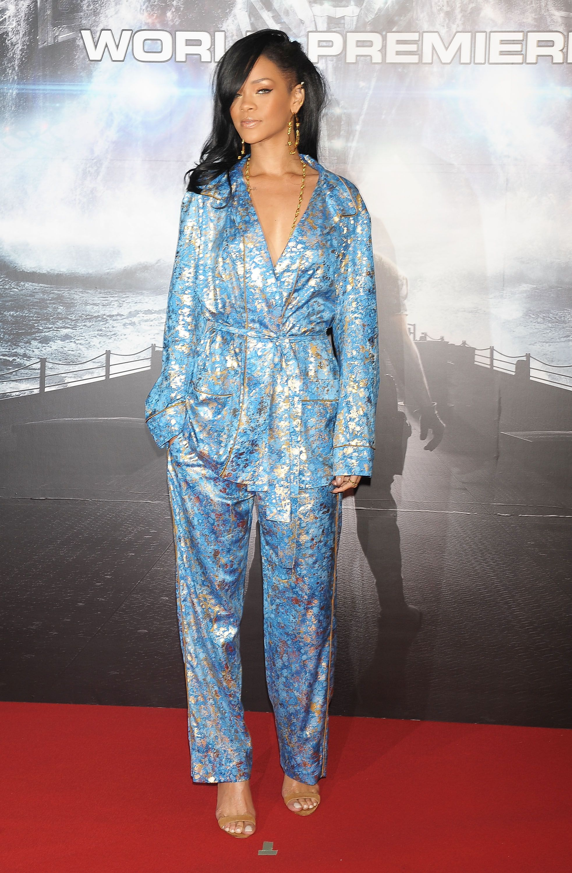 Celebrities in PJs Publicly - Celebrities Wearing PJs and Nightgowns Out eead719aa