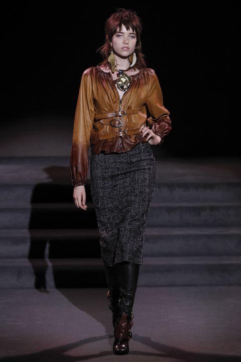 Human, Human body, Fashion show, Joint, Jewellery, Style, Runway, Fashion model, Fashion, Street fashion,