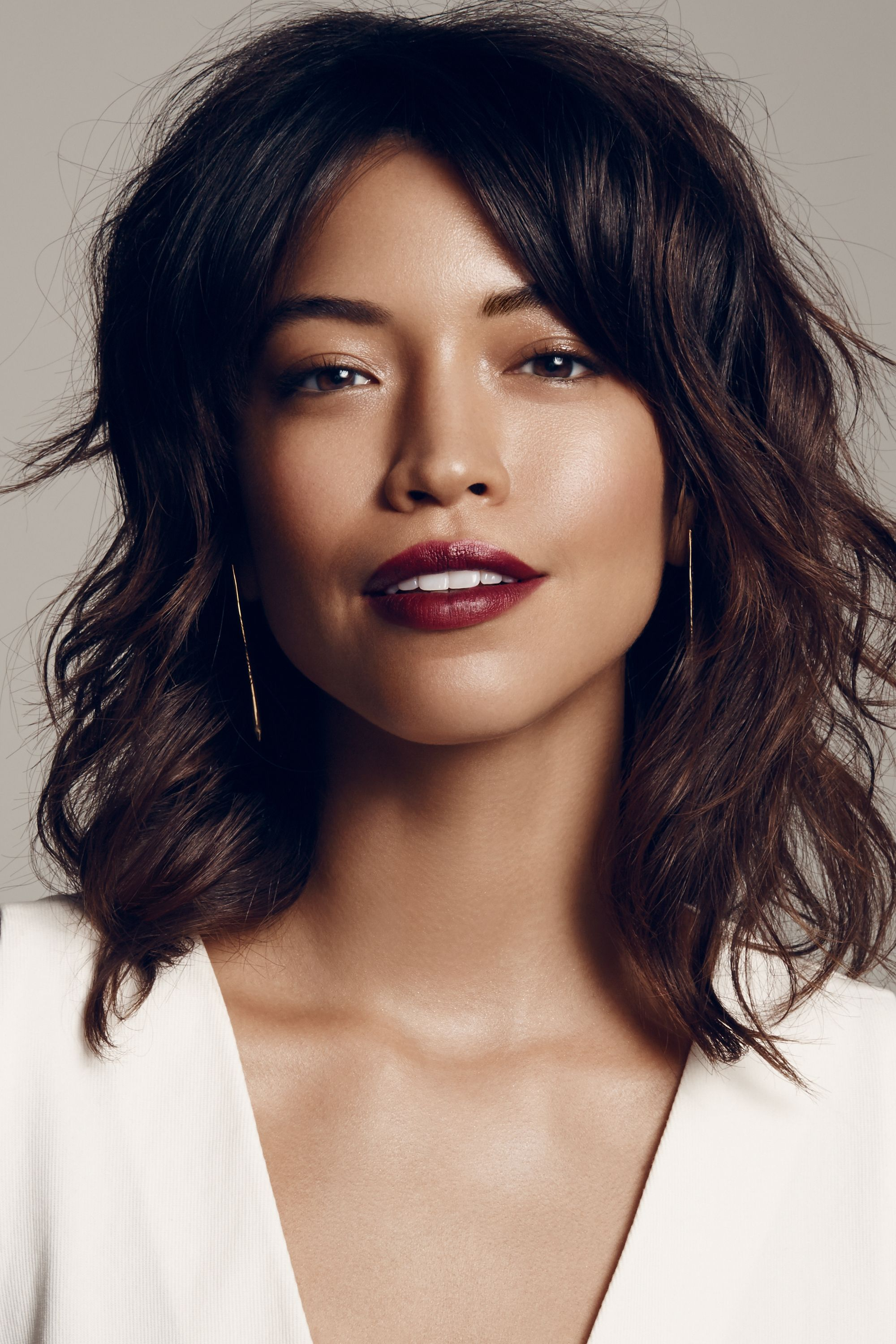 "<p>An ultra-dark, matte pout is the gotta-have-it look of the season. And the genius thing about going strong on the lip is you can slack on the rest your makeup. ""Let your skin speak for itself with a dewy, healthy glow that contrasts the matte texture of the lip,"" says Park. ""You don't even need blush. Instead, use a little bronzer to warm up your face and to lightly contour."" Keep your eyes naked save for a bit of a bronzy cream highlighter in the inner corners and on the center of the lids. ""The more undone looking, the edgier the vibe,"" she explains.</p>"