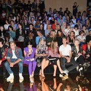Human body, Social group, Jeans, Crowd, Audience, Fashion, Youth, Thigh, Convention, Hall,