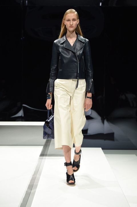 Clothing, Fashion show, Shoulder, Runway, Joint, Outerwear, Style, Fashion model, Fashion accessory, Knee,