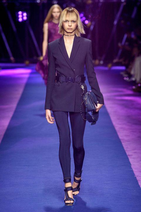 Fashion show, Runway, Outerwear, Coat, Style, Fashion model, Blazer, Fashion, Model, Electric blue,