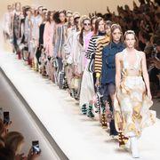 Fashion show, Runway, Fashion model, Style, Fashion, Street fashion, Model, Collection, Public event, Waist,