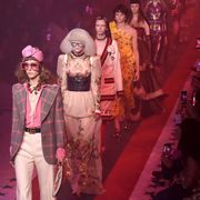 Pink, Magenta, Fashion, Drama, Stage, Costume design, heater, Costume, Carpet, Fashion design,