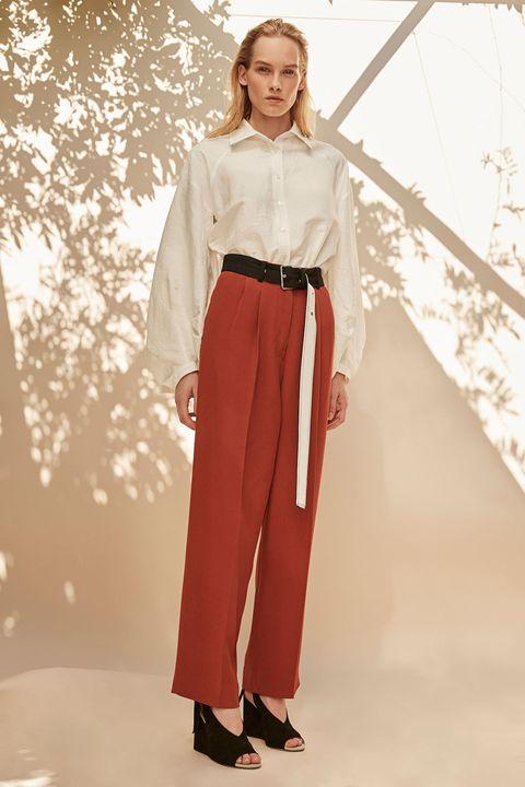 Sleeve, Collar, Waist, Beige, Maroon, Fashion design, Belt, Costume design, Vintage clothing, Fashion model,