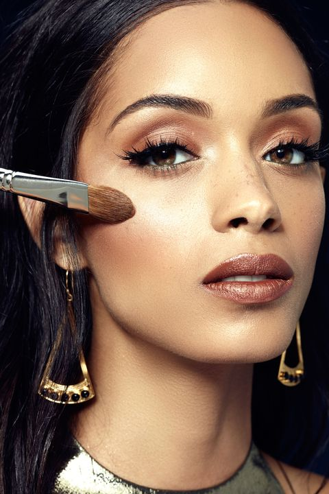 """<p>Mingling with new acquaintances or potential connections—personal or professional—means gorgeous makeup that should elicit glowing comments, not confused """"Who is <em data-redactor-tag=""""em"""">that</em> girl?"""" looks. Amp up your regular highlighter game by trying a new tool. """"Apply a shimmery powder with a smaller face brush, then buff out the edges,"""" Anthony suggests. By concentrating the product, you'll get a gorgeous lit-from-within look.</p>"""