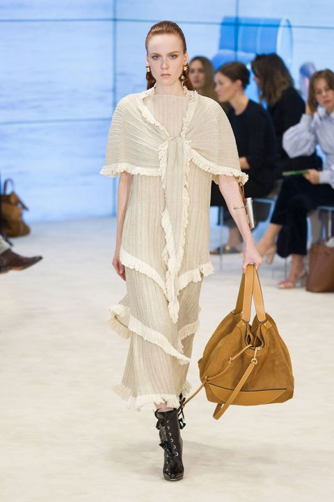Brown, Bag, Fashion show, Style, Fashion accessory, Luggage and bags, Fashion, Street fashion, Runway, Shoulder bag,