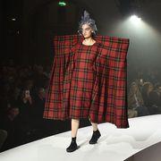 Event, Fashion show, Textile, Tartan, Plaid, Runway, Pattern, Style, Dress, Fashion model,