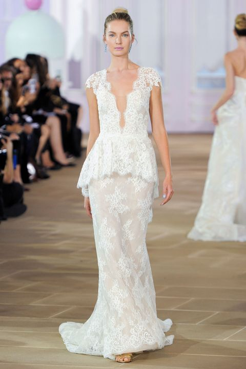 "<p>A demure bride is a thing of the past. Now you can say 'I do' in a wedding dress like this Ines Di Santo <span class=""redactor-invisible-space"" data-verified=""redactor"" data-redactor-tag=""span"" data-redactor-class=""redactor-invisible-space"">one that features a</span> deep neckline that flatters your figure.  <br></p>"