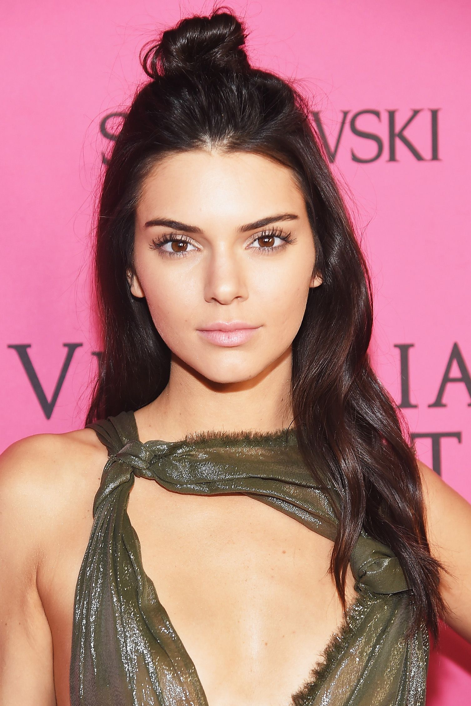 Kendall Jenner Hair Color 2015