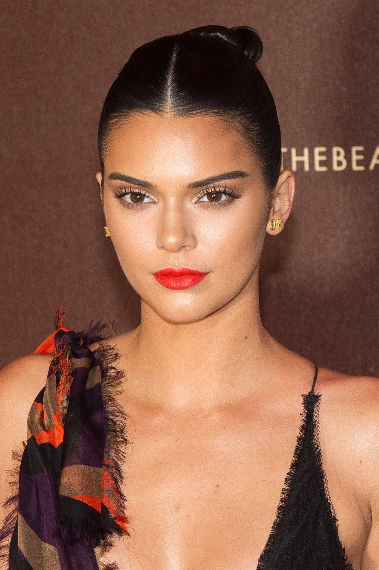 65 kendall jenner hair looks we love kendall jenners hairstyle 65 kendall jenner hair looks we love kendall jenners hairstyle evolution pmusecretfo Images