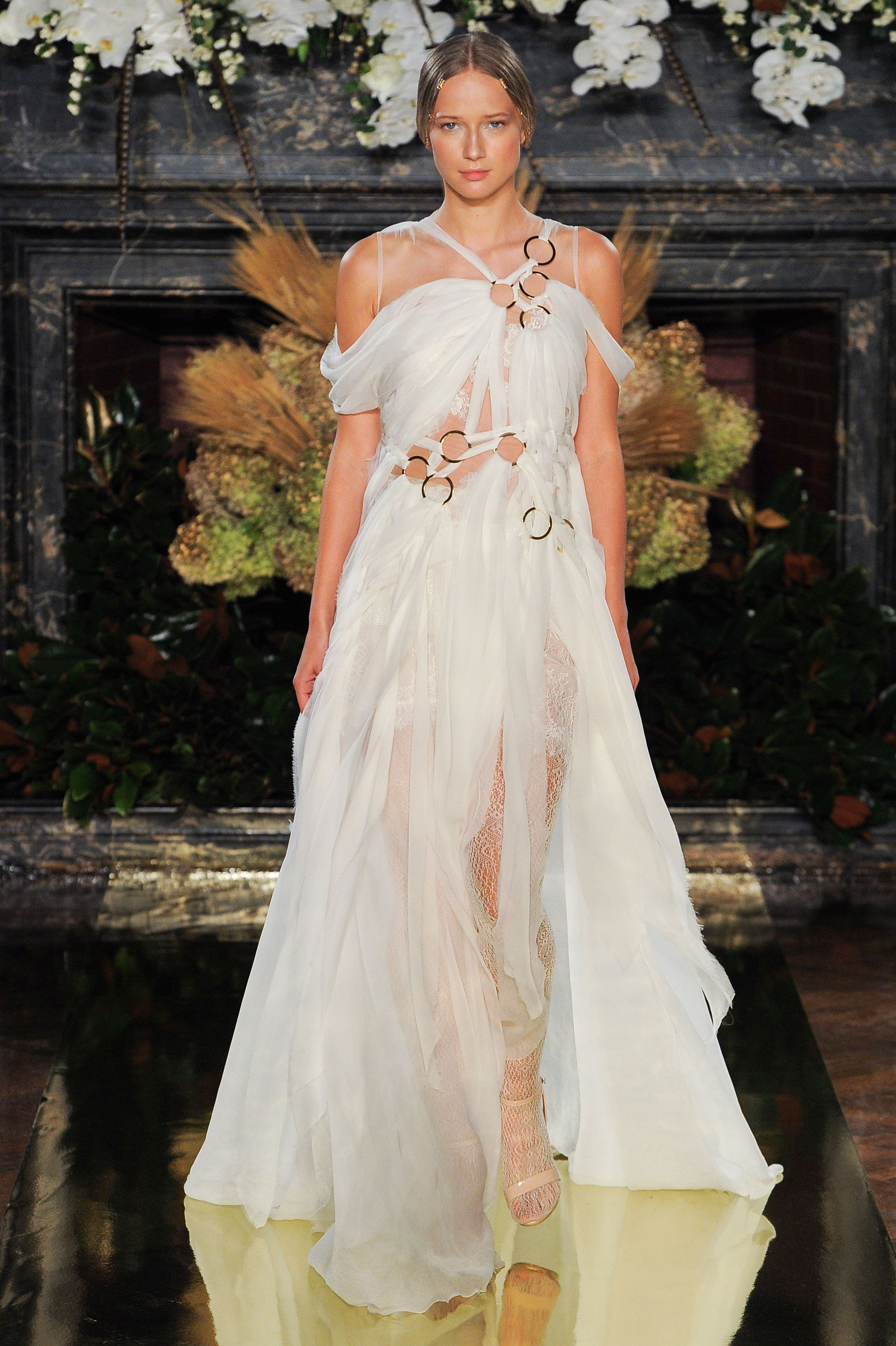Best dresses from bridal week fall 2017 42 of the prettiest dresses ombrellifo Image collections