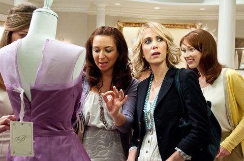 Hair, Dress, Fashion accessory, Fashion, Blazer, Jewellery, Layered hair, Bag, Blond, Feathered hair,