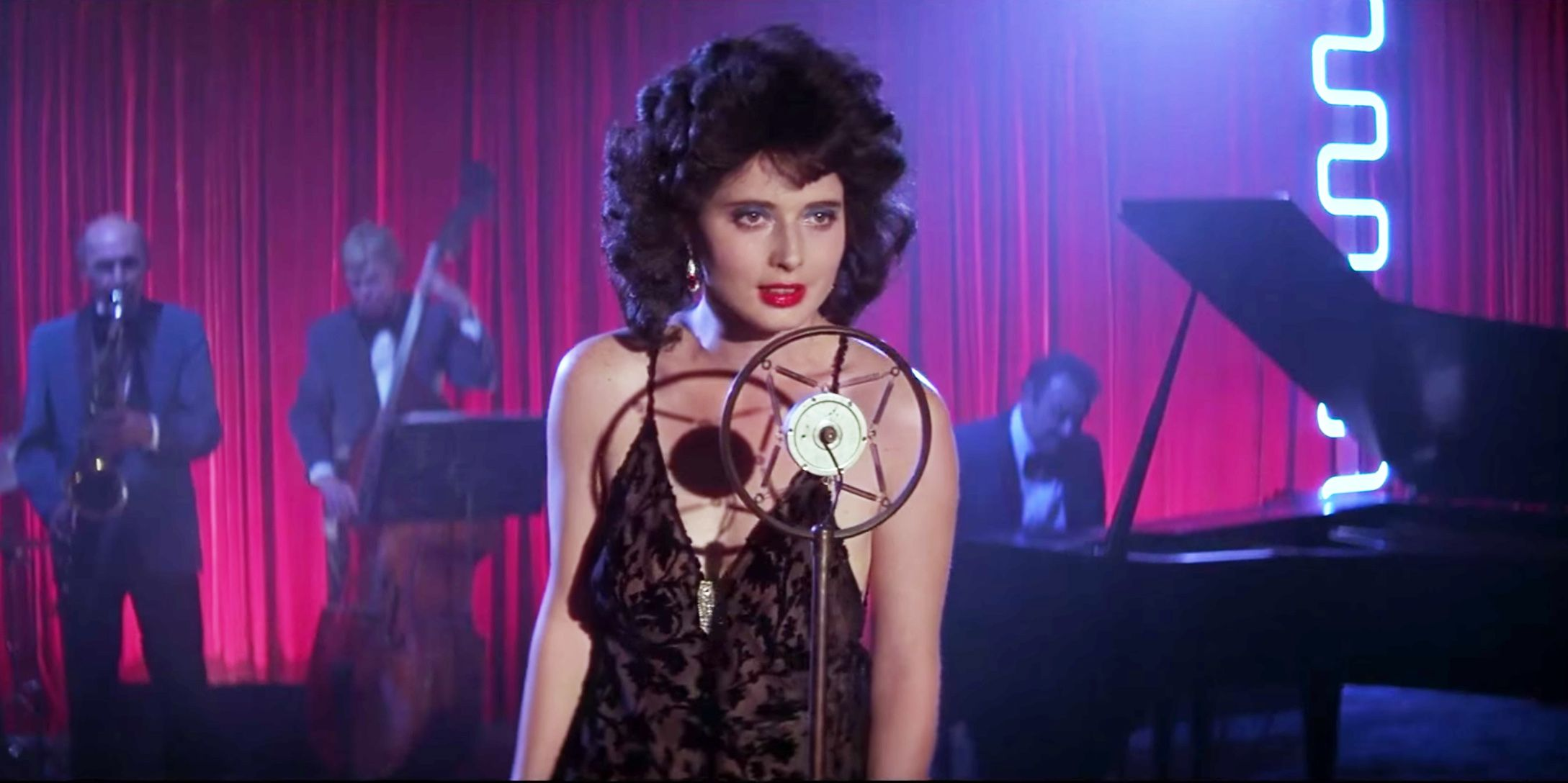 Isabella Rossellini and Kyle MacLachlan on Blue Velvet - Blue ...